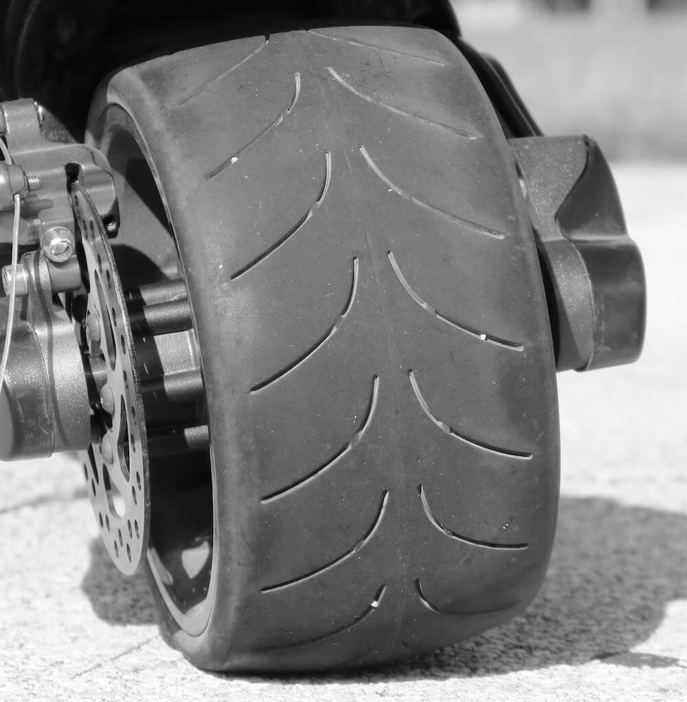 Mercane Wide Wheel Scooter wheels