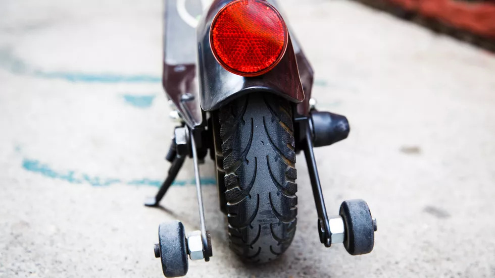 glion dolly electric scooter wheels